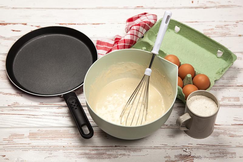 Блины на майонезе «Нежные» готовлю каждый день, никогда не рвутся, жарю без масла на сухой сковороде.