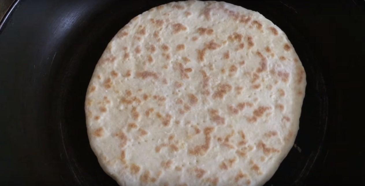 Постный турецкий хлеб, базлама на кефире. Уже месяц не покупаю в магазине хлеб