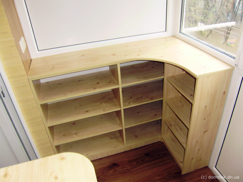 Как сделать шкафчики на балкон: отличные идеи