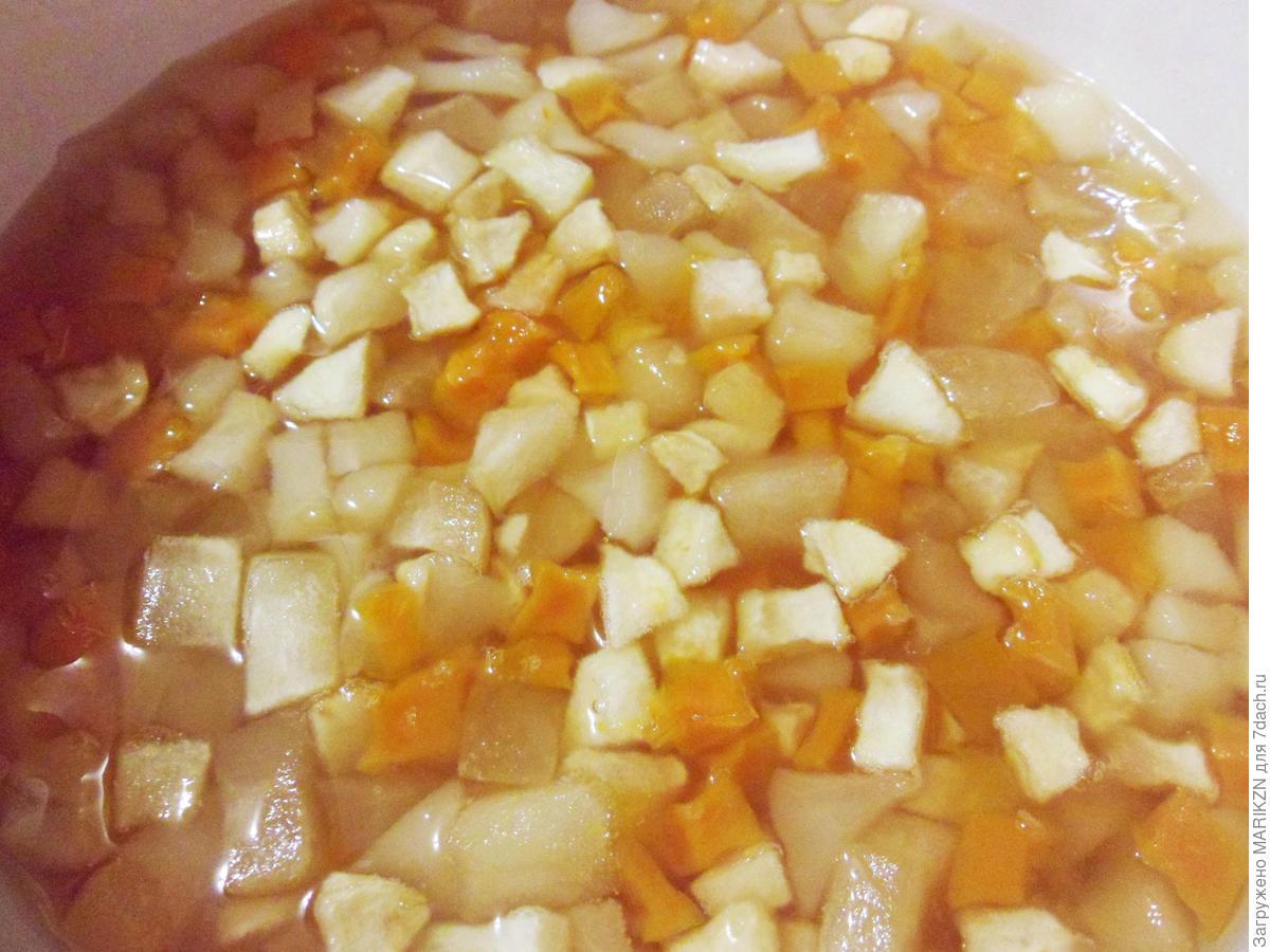 Варенье «Янтарное» из тыквы с яблоками, грушами, орехами и лимоном