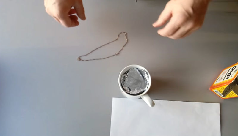 Самый быстрый и щадящий счпособ очистить серебро до блеска