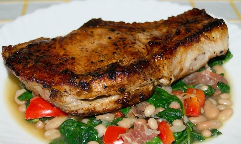 Мясо можно есть без ножа, такое оно мягкое! Джейми Оливер поделился с фанатами своим секретом.