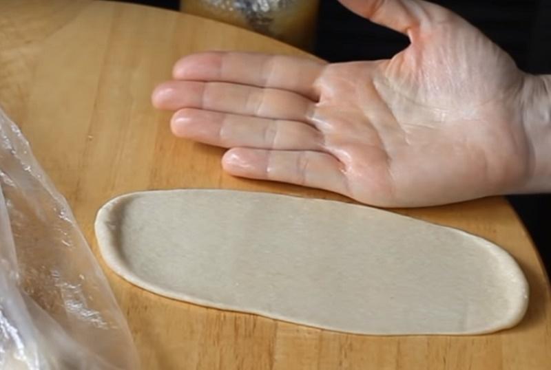 Рецепт дрожжевых рогаликов на молоке с повидлом