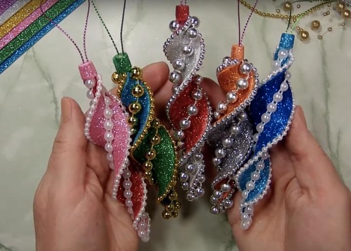 Необычные игрушки своими руками, которые украсят новогоднюю елку