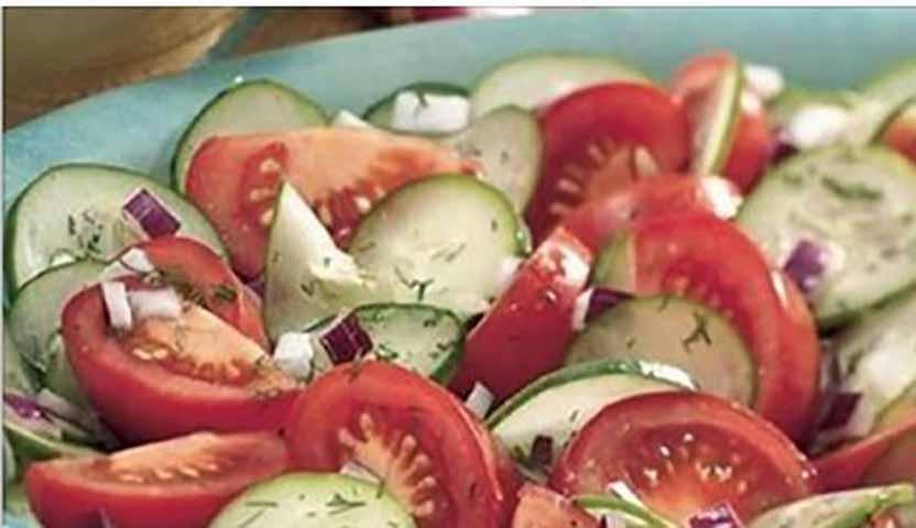 Никогда не ешьте огурцы и томаты вместе!