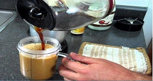 Добавьте 2 чайные ложки этого масла в свой рацион, и Вы можете сжигать тонны калорий за ночь