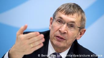 Немецкий ученый высказал свое мнение об эффективности и безопасности вакцин